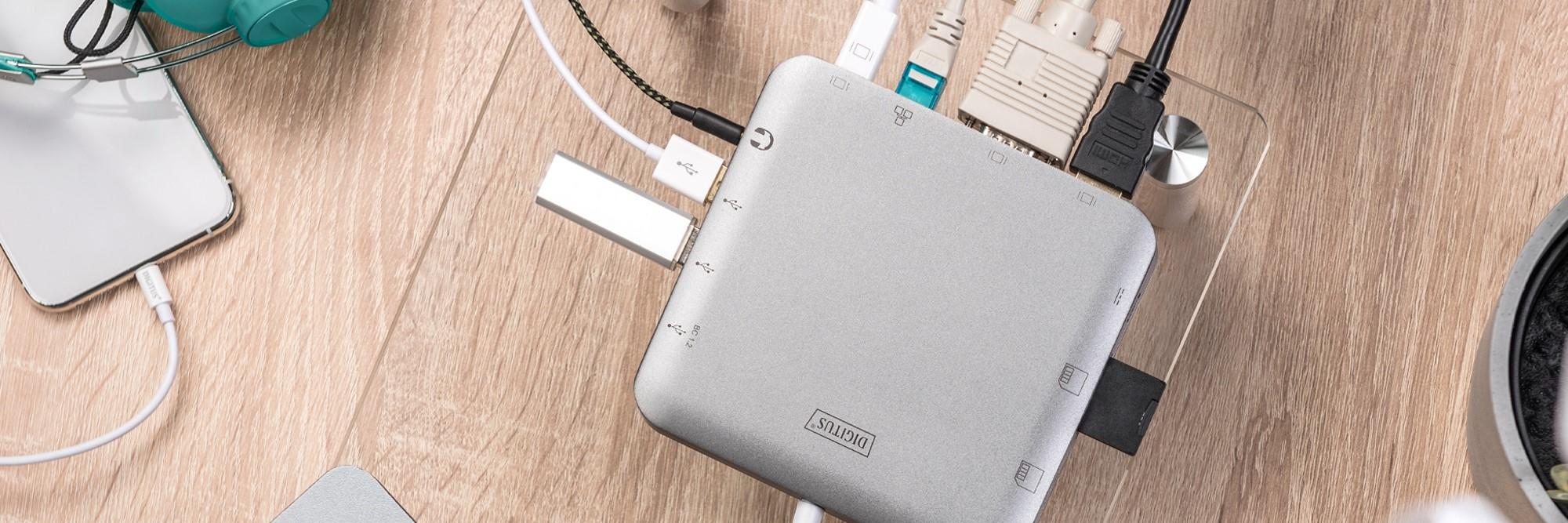 USB Type-C™ Docking Station